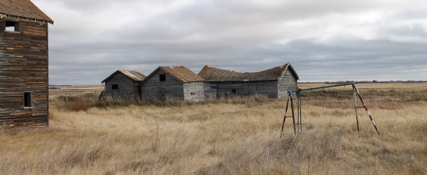 Saskatchewan Ghost Town by R Smith @ominocity