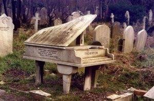 highgate-cemetery-grave