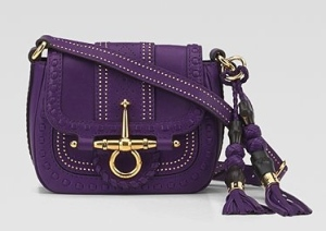 mauve handbag The Red Notebook Antoine Laurain Paris